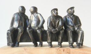 I pensionati, brons. h. 20 cm, b. 38 cm., d. 20 cm.